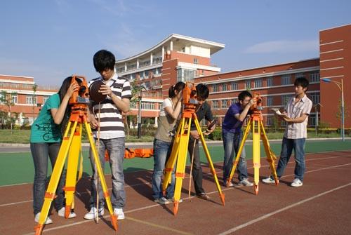 文章内容  本专业培养掌握土木工程专业